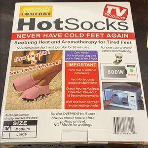 New!  Hot Socks red medium as seen on TV